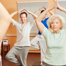 Adultos mayores: ¿Cómo prevenir las caídas en la tercera edad?